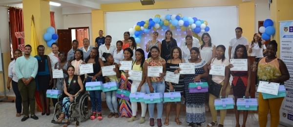 El Consulado de Colombia en Esmeraldas llevó a cabo a la ceremonia de graduación del curso de capacitación